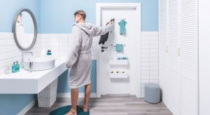Łazienka powinna być miejscem, w którym dobudzamy się porannym prysznicem i przygotowujemy się, aby przywitać nowy dzień. Wieczorem zaś podczas gorącej kąpieli powinniśmy odnaleźć w niej spokój i ukojenie.