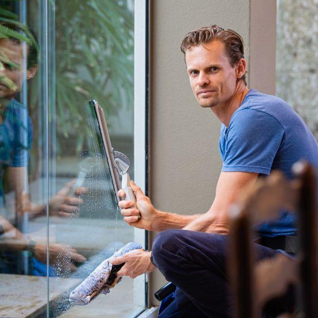 Praktyczne sposoby na konserwację i czyszczenie okien