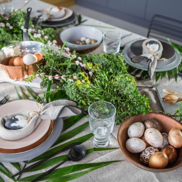 Wielkanocny stół w trzech odsłonach - tak dekorują styliści