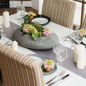 Wielkanocny stół. Kompozycje: Szkoła Florystyczna Małgorzaty Niskiej. Fot. Olga Borowska