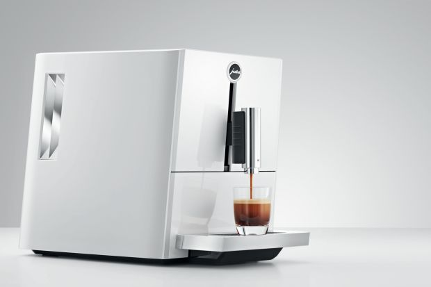 Biały ekspres do kawy - wybierz model dla siebie