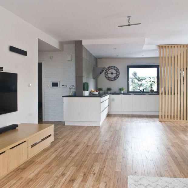 Funkcjonalny i przestronny dom w skandynawskim stylu