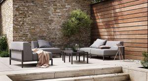 Duńska marka meblowa przedstawia nową kolekcję ogrodową Rome, w skład której wchodzi modułowa sofa i stolik kawowy.