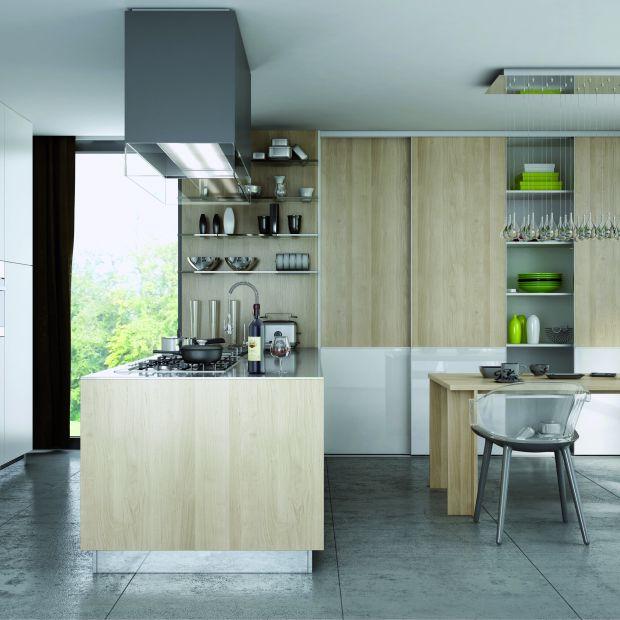 Meble kuchenne: funkcjonalna szafa przesuwna