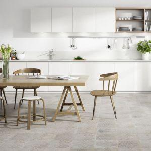 Płytki ceramiczne do kuchni. Kolekcja Amano Rosso. Fot. Apavisa