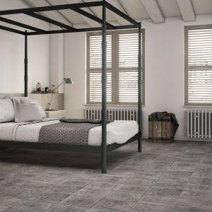Płytki w sypialni, kolekcja Amano grey. Fot. Apavisa