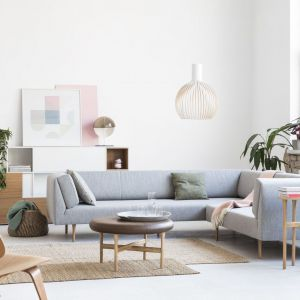 Wiosenne aranżacje: pomysły na meble do biura. Fot. Everspace