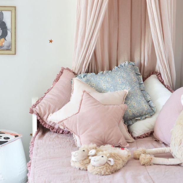 Biały pokój dla dziewczynki - piękne aranżacje