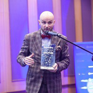 Nagrodę główną w kategorii Instalacje Łazienkowe dla syfonu Prevex Easy Clean odebrał Adam Płotnicki z firmy Winkiel. Fot. Marek Misiurewicz