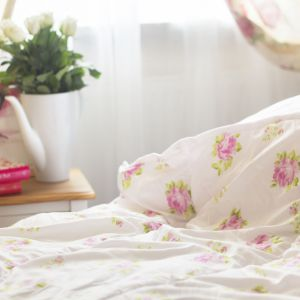 Sypialnia romantyczna. Fot. Wendre