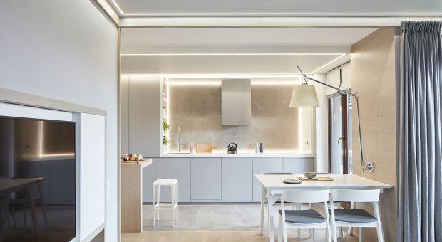 Rodzinne mieszkanie ujęte w ramy - ciekawy projekt