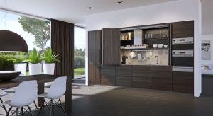 Podstawową zaletą modułowych elementów jest mnogość aranżacji i zestawiania poszczególnych elementów. Tymi pomieszczeniami, w których idealnie znajdują zastosowanie są kuchnia i salon.