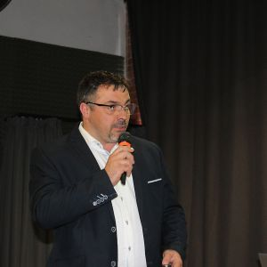 Krzysztof Kopyczyński, reprezentujący markę Finishparkiet