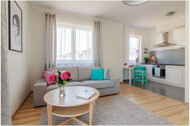 Przytulne mieszkanie - zobacz jak dodatki budują nastrój wnętrza