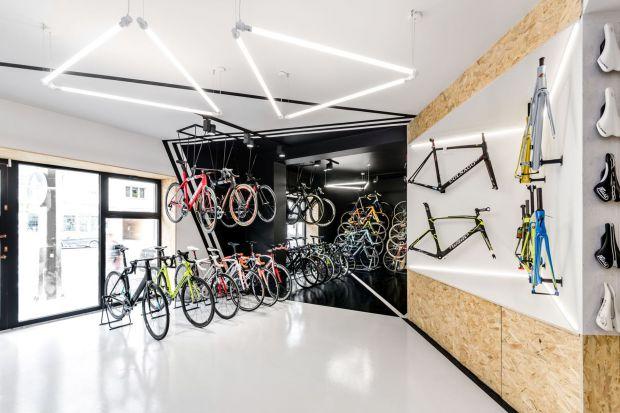 Poznańscy architekci z pracowni mode:lina po raz kolejny stanęli na podium prestiżowego międzynarodowego konkursu EuroShop RetailDesign Award. Nagroda powędrowała w ich ręce za projekt sklepu rowerowego VÈLO7 w Poznaniu.