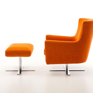 Fotel z podnóżkiem Venus marki Olta, cena 2.560 zł, Fot. Olta / Italmeble