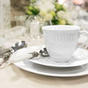 """Piękna porcelana na wiosenne uroczystości. Fot. Polskie Fabryki Porcelany """"Ćmielów"""" i Chodzież"""""""