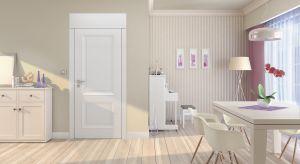 Urządzenie mieszkania o niewielkim metrażu to prawdziwe wyzwanie.Na szczęście istnieje kilka sprawdzonych sposobów, które sprawią, żemałe wnętrze będzie wydawało się bardziej przestronne.
