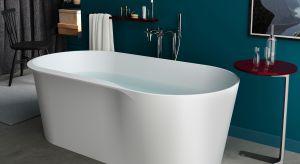 Idealnie gładka powierzchnia wanny jest łatwa w utrzymaniu czystości, a rysy lub zadrapania powstające w trakcie użytkowania można łatwo usunąć przez spolerowanie powierzchni.