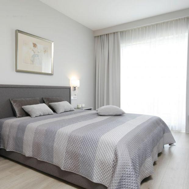 Oświetlenie w sypialni: 12 pięknych wnętrz