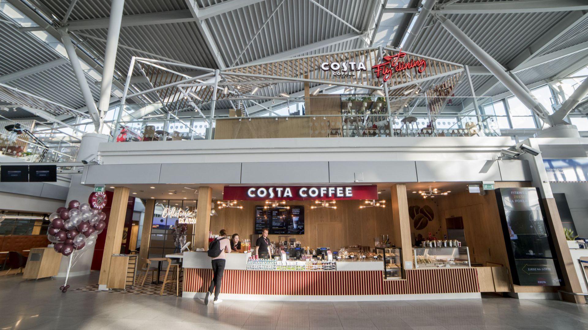 Costa Coffee_Fly Dining_lotnisko Chopina (2).jpg