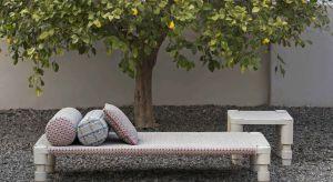 Każdy ogród powinien posiadać miejsce wypoczynku, gdzie każdy domownik będzie mógł się zrelaksować i odpocząć.