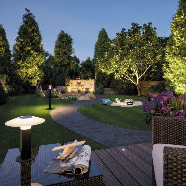 Lampy ogrodowe - jakie wybrać?