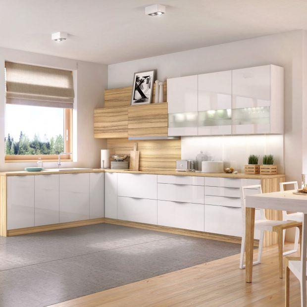 Biała kuchnia wciąż zachwyca - zobacz pomysły na aranżacje