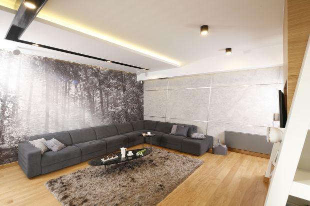 Pomysł na ścianę w salonie: 20 pięknych wnętrz