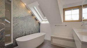 Mała łazienka o powierzchni 12 metrów kwadratowych po przebudowie zamieniła się w prywatne spa.
