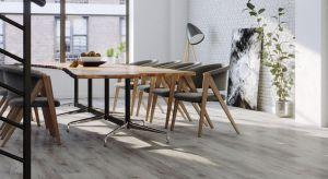 Podłogi mogą nie tylko podkreślić styl naszego wnętrza, ale i całkowicie go odmienić. W zależności od naszych upodobań możemy zdecydować się na ponadczasową klasykę, jak i wyjątkową ekstrawagancję.