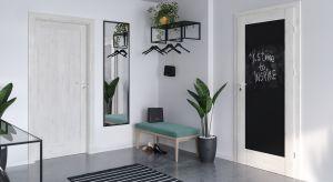 Przedpokój to wizytówka każdego mieszkania, warto więc w szczególny sposób zadbać o to, aby pięknie urządzone wnętrze już od progu zachwycało wszystkich gości.