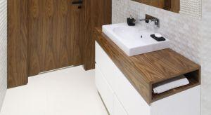 """Blat łazienkowy jest nie tylko elementem użytkowym, który wpływa na ergonomię korzystania ze strefy umywalki. To również aranżacyjna kropka nad """"i"""" nadająca pomieszczeniu pożądany charakter."""