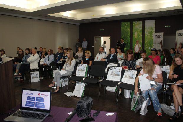 Ciekawe wykłady i prezentacje rozpoczęły kolejne spotkanie w ramach Studia Dobrych Rozwiązań. Inspirujących dyskusji i rozmów nie zabraknie dziś w Lublinie przez cały dzień.