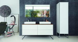 Seria łazienkowa XSquare robi wrażenie swoim współczesnym, ale też eleganckim wzornictwem, wysokiej jakości powierzchniami i materiałami oraz wyjątkowymi chromowanymi profilami