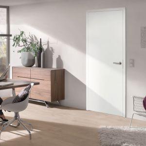 Drzwi drewniane  z serii BaseLine w okleinie Duradecor w kolorze biały jesion. Fot. Hörmann
