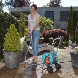 Jak poprawnie zarządzać nawadnianiem ogrodu. Fot. Gardena