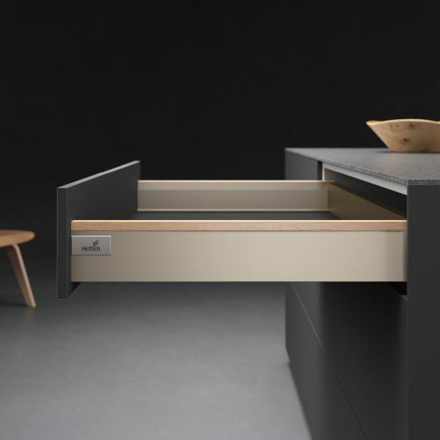 Meble kuchenne: profile dekoracyjne do szuflad