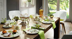 Zdobiące porcelanę pąki róż, zielone liście czy motyle zachwycą gości, a domowników wprawią w dobry nastrój. Tak nakryty stół pozwoli zachować wszystkie uroki wiosny na dłużej.