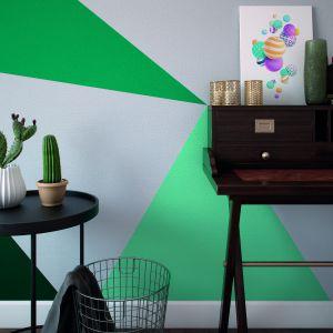 Zestawienie różnych kolorów farb dekoracyjnych może przynieść niesamowite efekty. Do pomalowania ścian warto wykorzystać specjalne szablony oraz taśmę malarską. Fot. Beckers