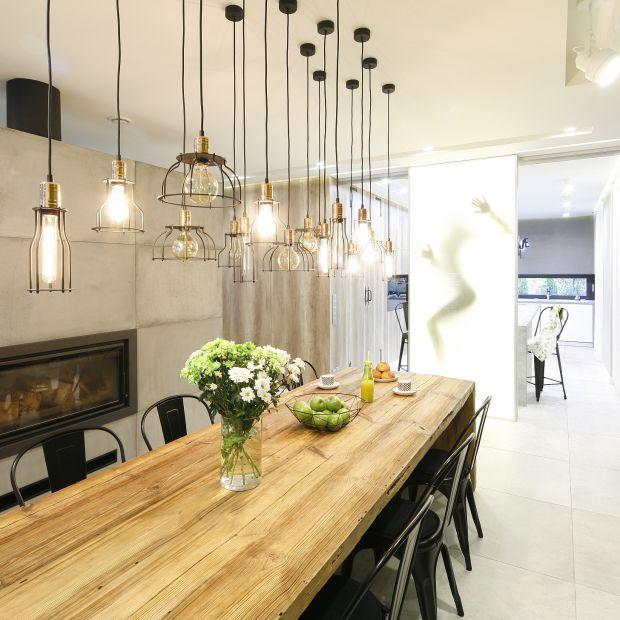 Nowoczesna kuchnia z jadalnią - piękne wnętrze