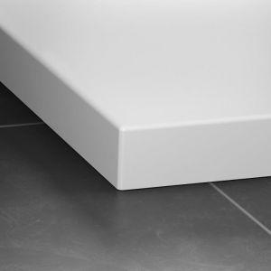 Seria brodzików Laufen Solutions wykonana z nowego materiału Marbond. Fot. Laufen