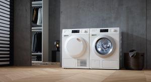 Na rynku pojawiły się pralki wyposażone w zaawansowane technologicznie funkcje umożliwiające m.in. ubranie pojedynczych sztuk odzieży szybko i przy użyciu minimum energii.