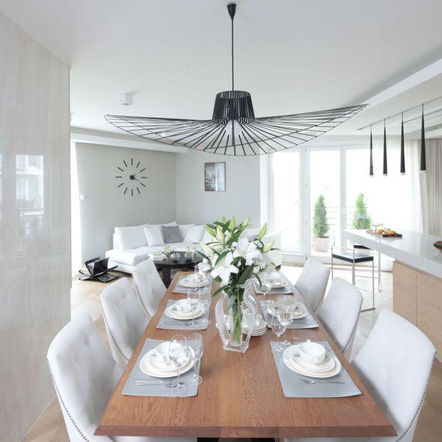 Salon z kuchnią i jadalnią - 20 pięknych wnętrz
