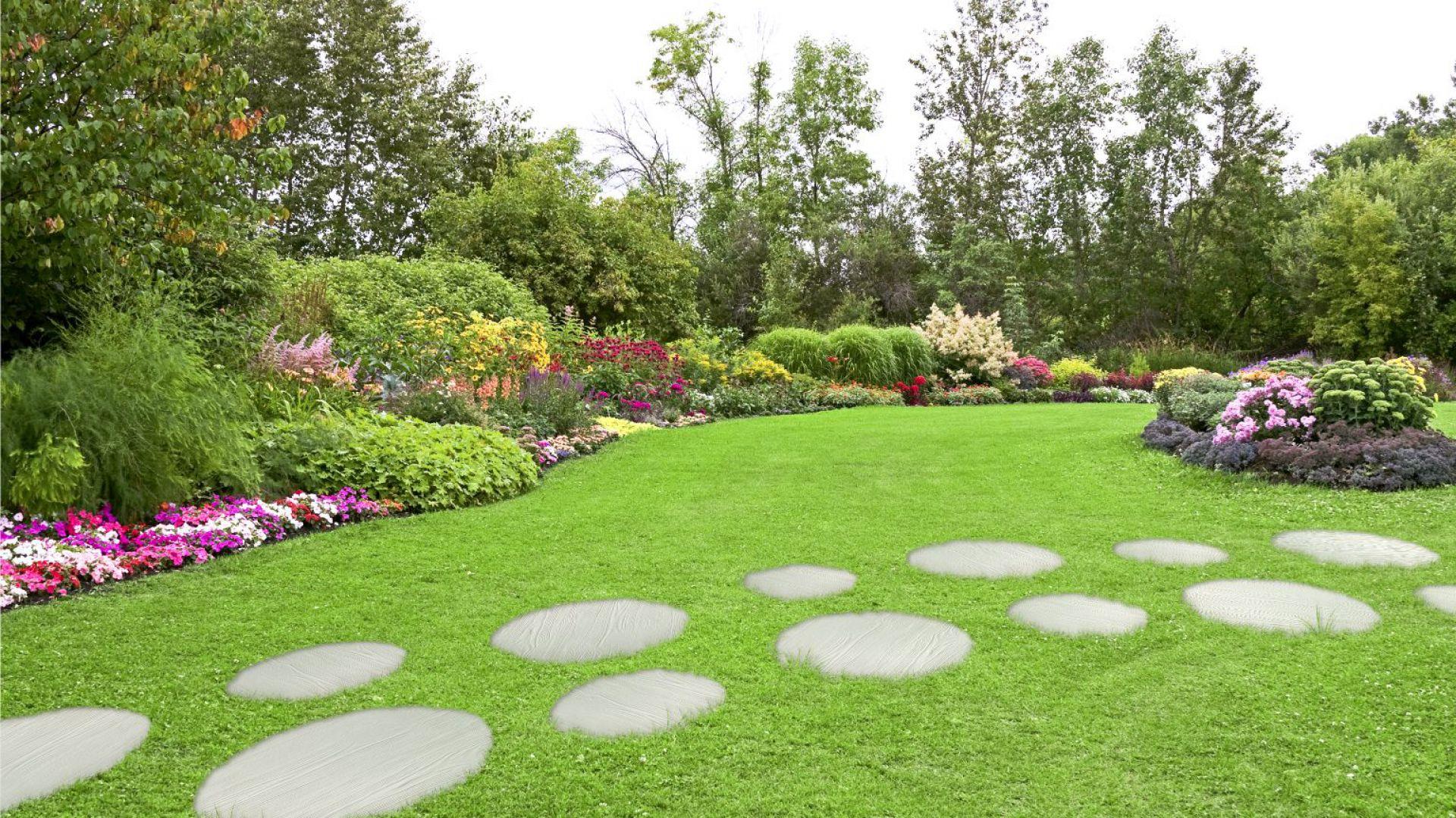 Otoczenie domu - piękne nawierzchnie i ścieżki ogrodowe. Kolekcja Koło Madera Libet Completto. Fot. Libet