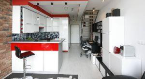 W salonie, w sypialni czy w kuchni?Zobaczcie jak praktycznie wygospodarować miejsce do pracy w domu.