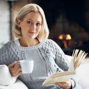 8. Przed snem pomyśl o wymarzonym urlopie, to z pewnością cię zrelaksuje. Fot. iStock