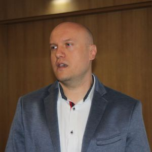 Łukasz Majewski z firmy Cerrad