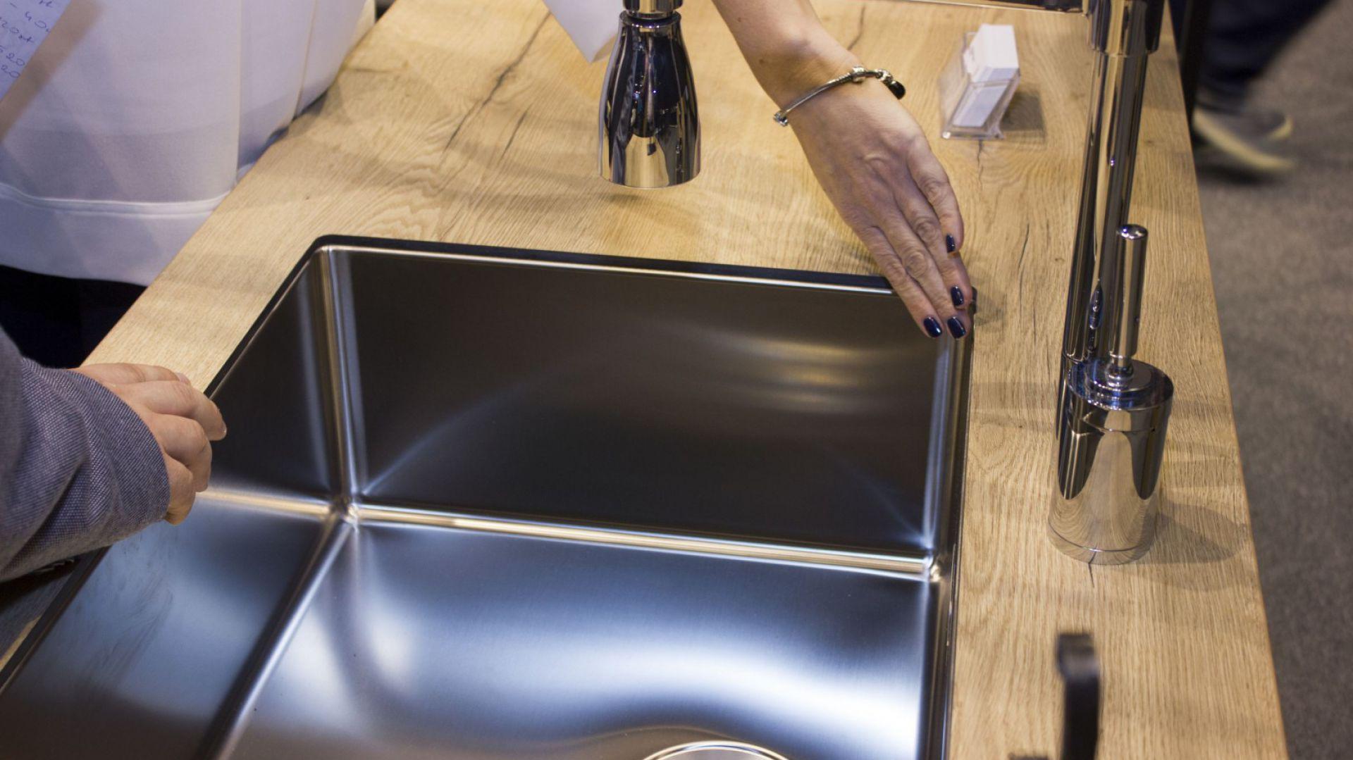 Sink Mf Zlewozmywaki Podwieszane W Blacie Wiórowym
