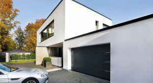 Nowe wzory bram garażowych doskonale wpisująsię w aktualne trendy w architekturze i budownictwie.Oferowane na rynku produkty zaspokajają nawetnajbardziej wyszukane gusta.